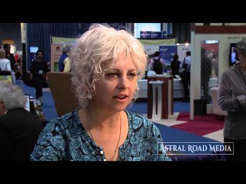 Award-Winning Writer Kate DiCamillo on How She Uses Facebook