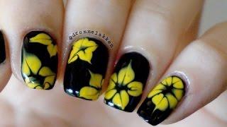 Các mẫu nail hoa đẹp không thể bỏ qua
