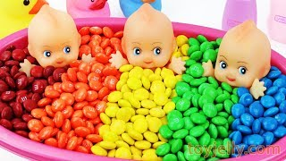 Learn Colors M&M's Chocolate Triple Baby Doll Bath Time and Ice Cream Cones Surprise Toys for Kids