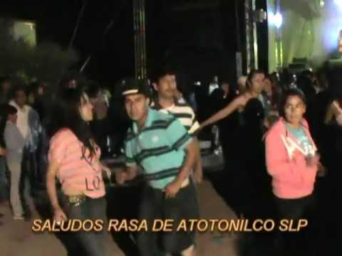 GRUPO LEGITIMO HUAPANGO EL BIGOTE   EN PAISANOS MEXQUITIC SLP 22 JUL 02