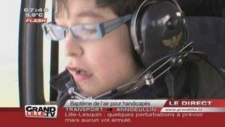 Avion de tourisme avec des enfants handicapés