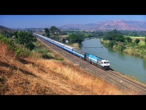 Baixar (HD) Train video of Udyan Express EMD WDP-4 at Kamshet