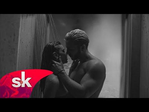 Страсни сцени во луксузна вила – Спотот на Саша Ковачевиќ за новата хит песна Afera