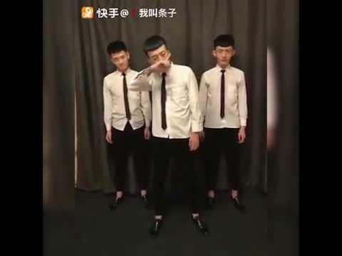 Quẩy theo nhóm, ba anh Trung Quốc nhảy cực hài!