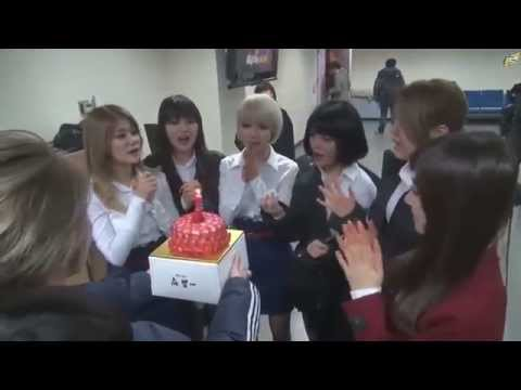 [ENG SUB] AOA first win with Miniskirt Inkigayo backstage