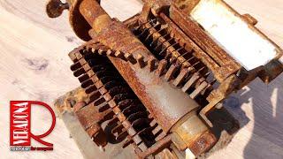 Rusted of antique tobacco grinder Restoration