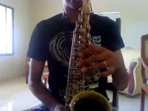 como Tocar a pasito lento En el saxofon