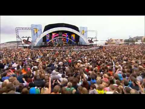 Sophie Ellis-Bextor - Heartbreak (Make Me A Dancer) (Live at T4 On The Beach)