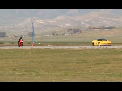 Chevy Corvette races a Ducati at Shift-S3ctor Coalinga 2016