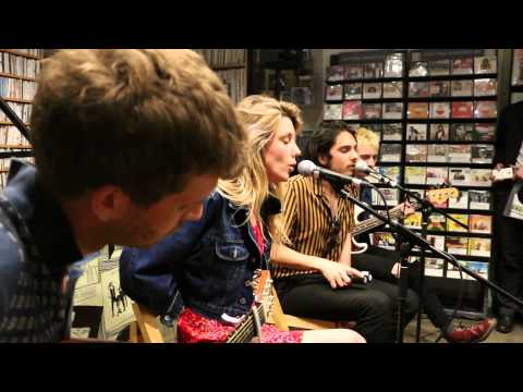 Wolf Alice - Bros - acoustic performance in Brighton