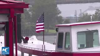 Hurricane Florence batters U.S. East Coast