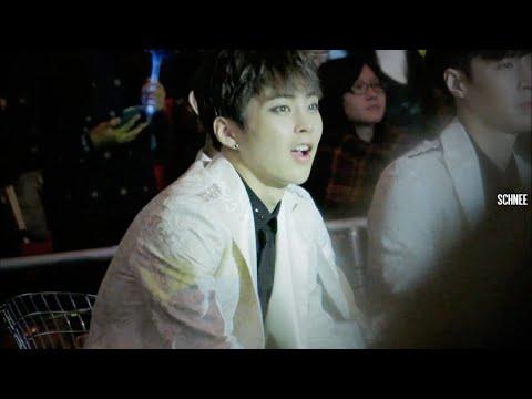141203 MAMA 빅뱅선배님 무대에 흥난 시우민 | XIUMIN reaction to BIGBANG