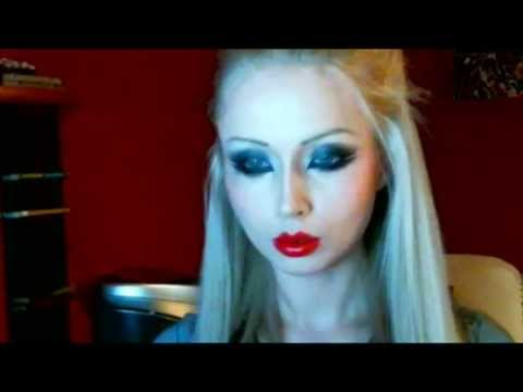 Valeria Lukyanova Amatue MakeUp - gothic - YouTube