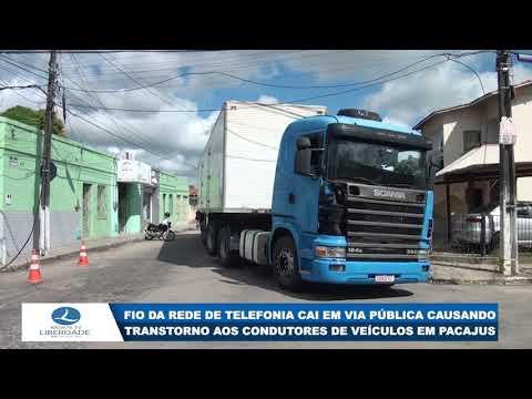 FIO DA REDE DE TELEFONIA CAI EM VIA PÚBLICA CAUSANDO TRANSTORNO AOS CONDUTORES DE VEÍCULOS