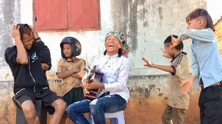 Hậu Trường - Giọng Hát Hài Hước Cùng Với 2 Nhóc Nhảy Khá Bảnh | Xem Mà Cười K Nhịn Được Mồm