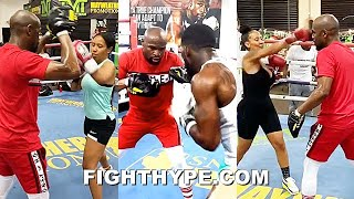 FLOYD MAYWEATHER IN FULL TRAINER MODE; TEACHING SKILLS TO ALL LEVELS - FIGHTERS, FAMILY, & FRIENDS