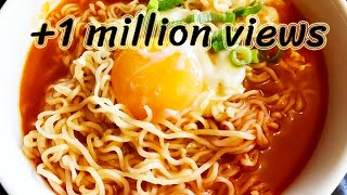 how-to-make-quick-easy-ramen-noodles-with-egg.jpg