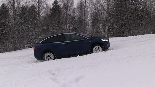 Tesla Model X deep snow test - YouTube