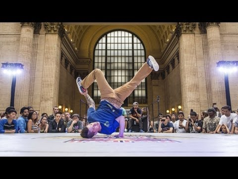 Baixar Midwest's best B-Boys battle 1-on-1 -- Red Bull BC One Chicago Cypher 2014