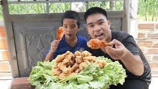 Lần Đầu Làm Mâm Đùi Gà KFC Khổng Lồ Ăn Cực Đã | TQ97