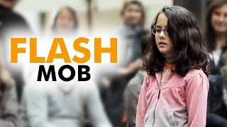 AMAZING - Flash Mob -  Started by one little girl -  Ode to Joy