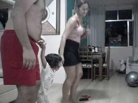 Baixar Papai e Mamãe Brincando de Aline Barros - Pula