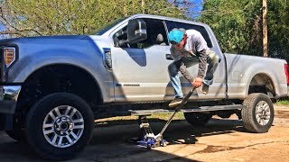 Rebuilding A Wrecked 2017 Ford F-250 Part 4