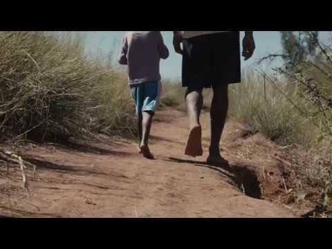 Clara och Heritiana - Walk4smiles