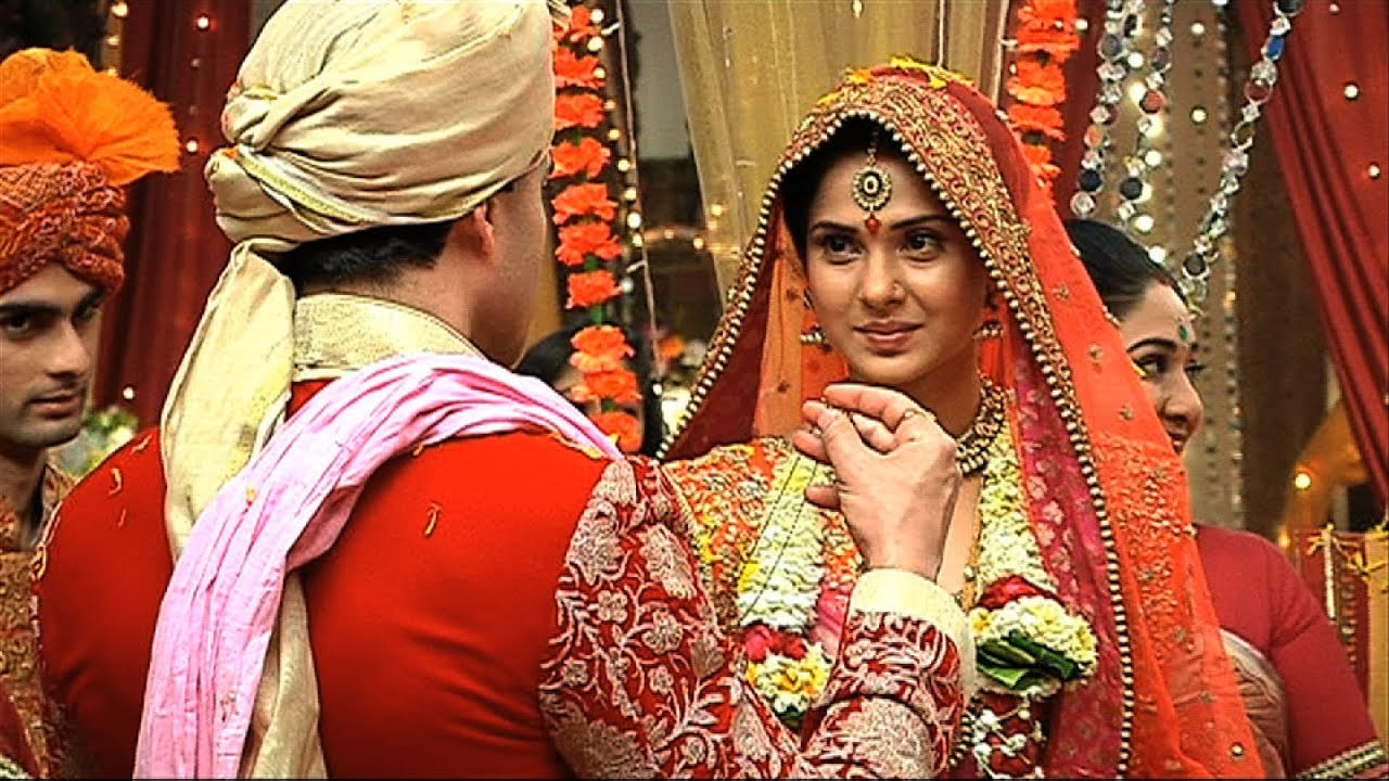 Finally Kumud And Saras Got Married - Saraswatichandra ...