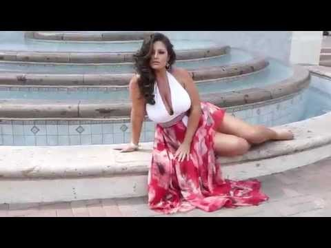 Beauty with a Real Body | Confident Plus Size Body in Summer Fashion | Behind-the-Scenes