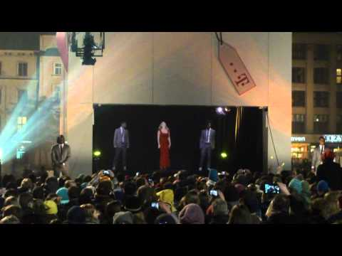 T-Mobile - Mariah Carey holographic concert Poland Cracow making of Christmas TV ad