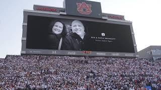 Moment of silence for Rod & Paula Bramblett at Auburn's home opener