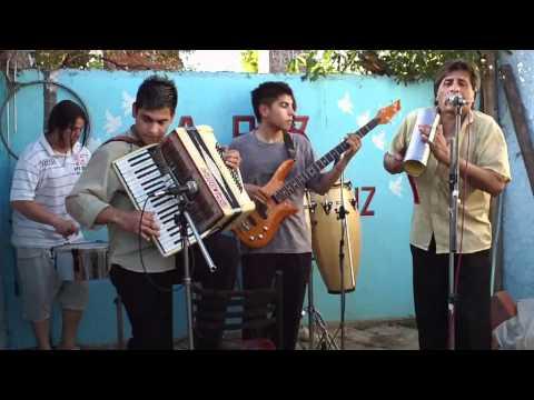 FM La Paz 93.3 -- Los Mistoleros Del Chamamé Tropical