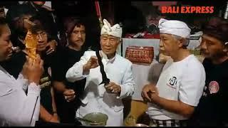 Ritual Menyucikan Pusaka Perang Banjar di Griya Gede Banjar