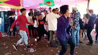 Dân ka đơn nhảy nhạc san đám cưới cực mạnh