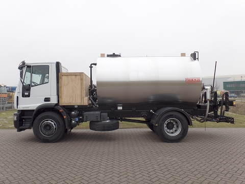 iv3892 - Iveco ML180E28 4x2 with Bitumen Distributor - NEW