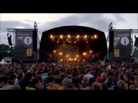 Catfish and the Bottlemen performing Fallout @ T in the Park 2016