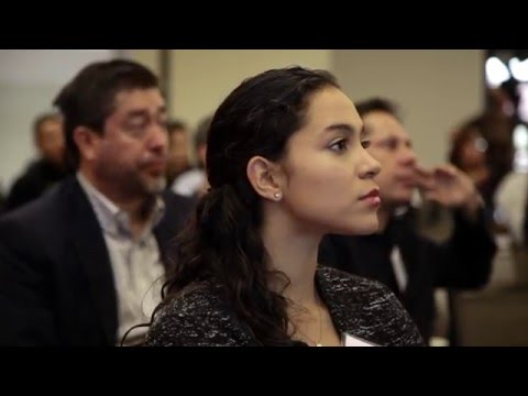 Over the course of 6 weeks, the Stanford Latino Entrepreneur Leaders Program provides Latino business owners with valuable education, personal mentorship, an enhanced network, and a better understanding in accessing capital resources to grow their businesses.