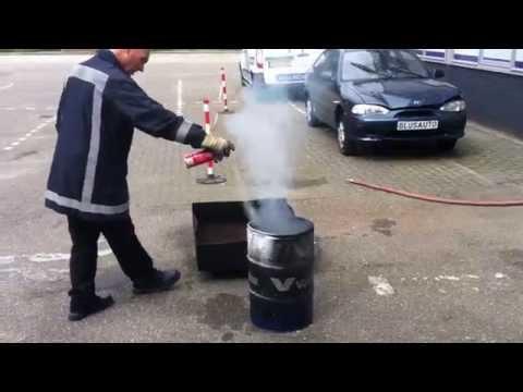 Test Prymos universele brandblusser - vaste stoffen brand
