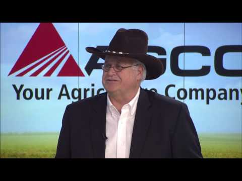 NCBA Convention: Dean Morrell, AGCO Hay and Forage Marketing Manager Interview with RFD-TV