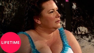 Double Divas: Molly Makes Cynthia Ride a Mechanical Bull (S2, E2) | Lifetime