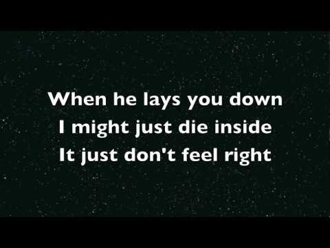 Baixar One Direction - More Than This (lyrics version)