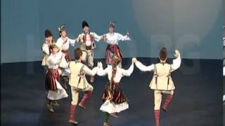 Дунавско хоро   изпълнение на професионалисти от НФА Филип Кутев