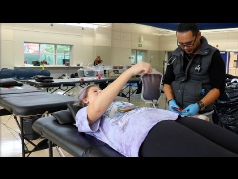 Carlmont blood drive draws in many brave volunteers - Estella Lippi