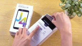 Mở hộp Samsung Galaxy J4 - giá hơn 3 triệu, pin rời, có màu mắm tôm