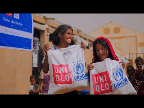 UNHCR - Malian refugees fight the cold