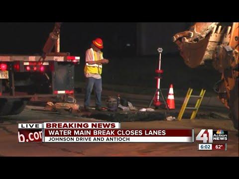 Water main break closes parts of Johnson Drive