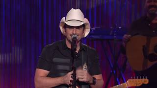 Brad Paisley Thinks He's Special - Opening Monologue