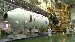 Tham quan xưởng chế tạo tàu vũ trụ liên hợp Soyuz MS 10
