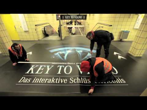 WallDecaux: Mercedes Key To Viano Campaign